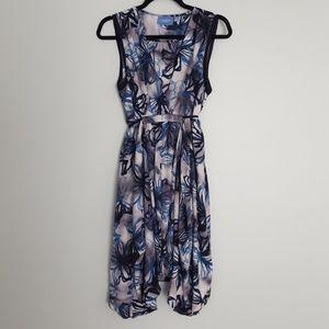 NWOT Simply Vera Asymmetric Dress Blue Flower